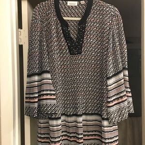 Avenue blouse with bling!! Size 18/20